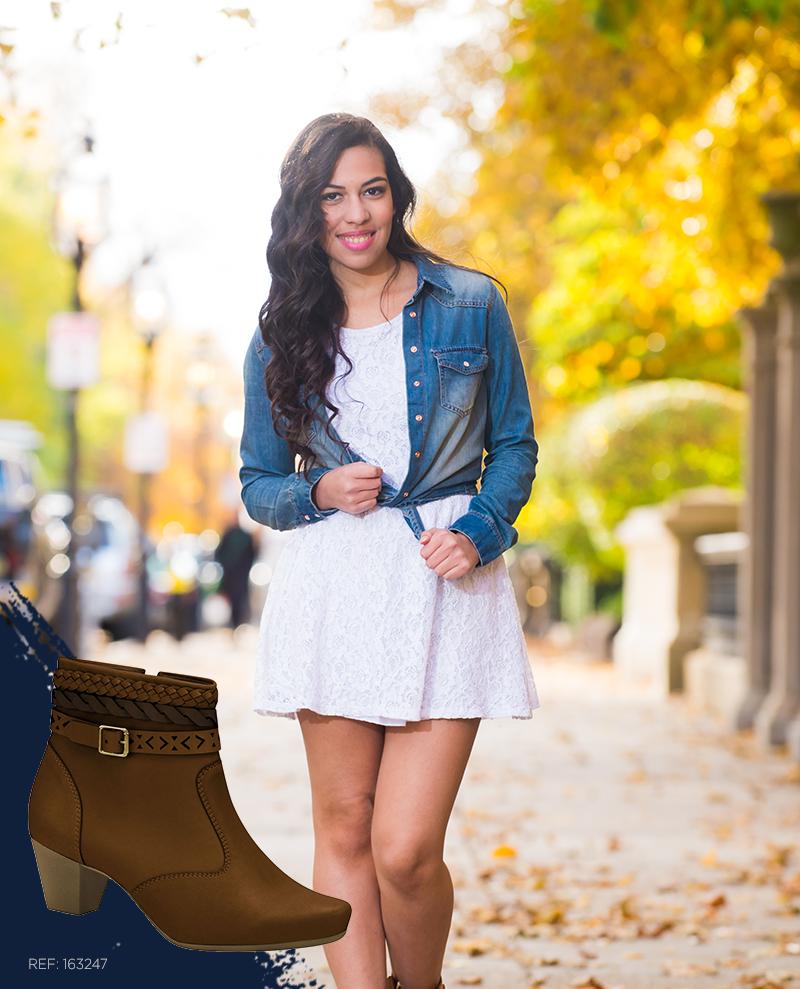 Um vestido simples e delicado + uma bota cheia de estilo = puro arraso