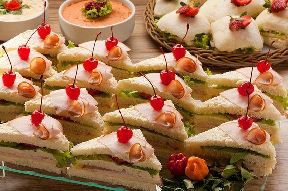 Sanduíches caseiros são fáceis de fazer e servir