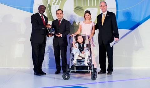 A família de Aline recebeu o prêmio da ONU com orgulho